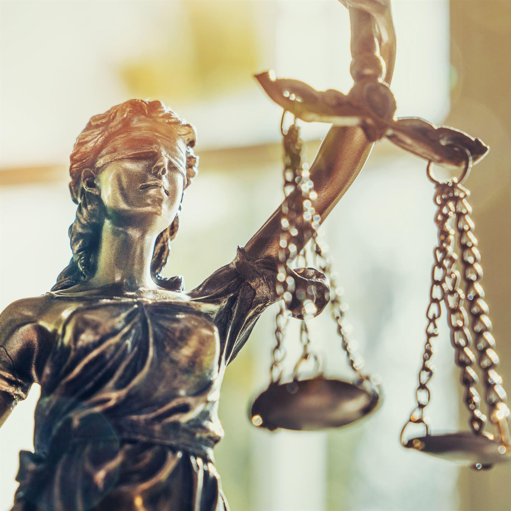 Criminal Defense & Probate Lawyer